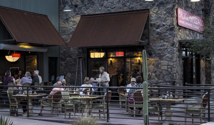 brugo's pizza patio